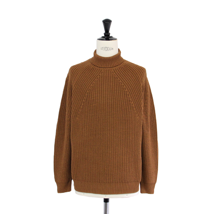 BATONER / SIGNATURE TURTLENECK/CAMEL