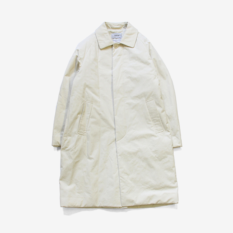 YAECA(MEN) / SOUTIEN COLLAR COAT STANDARD PADDING / WHITE